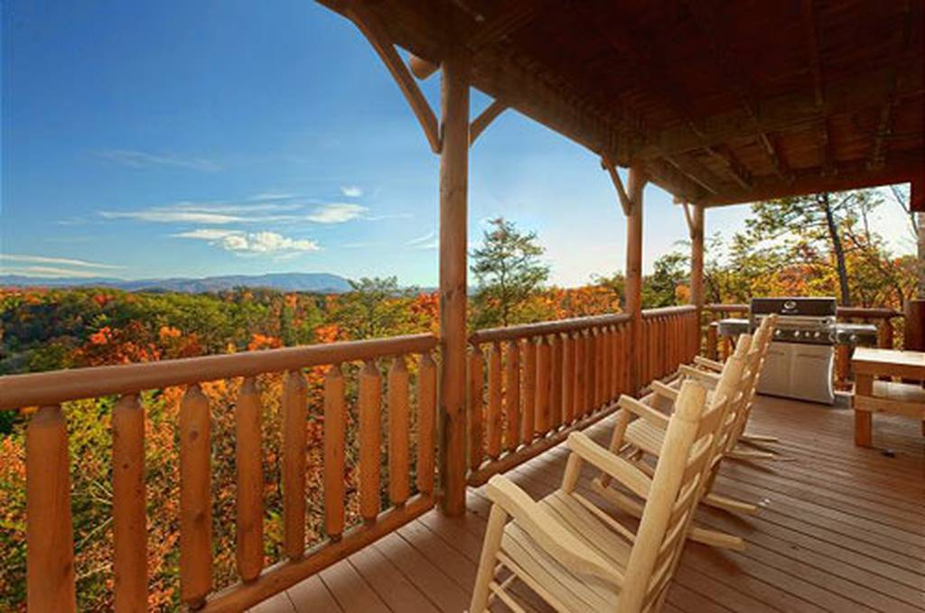 Timeless View 4 Bedroom Vacation Cabin Rental In Pigeon