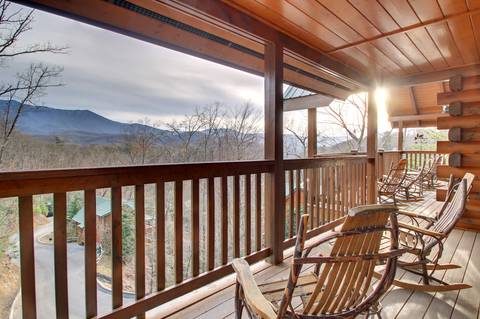 APPALACHIAN ADVENTURE 4 Bedroom Cabin Rental