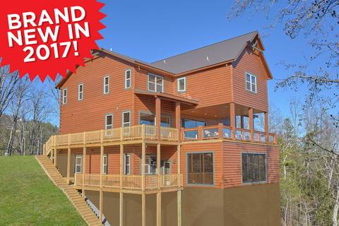 SPLASH MOUNTAIN-BRAND NEW 2017 13 Bedroom Cabin Rental