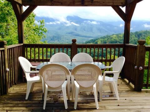 Villa Luzerne 213 Cabin Rental