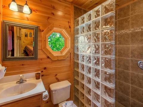 CLOUD 9 Cabin Rental