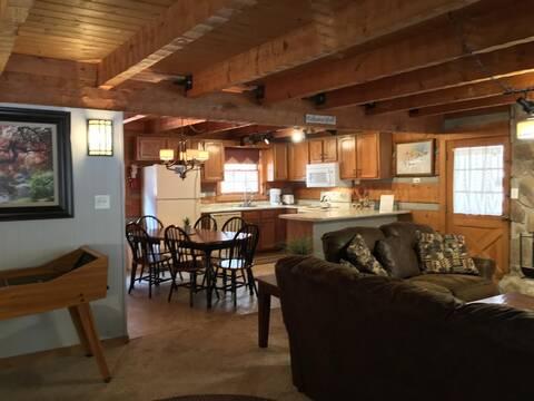 APPALACHIAN DREAM LODGE Cabin Rental