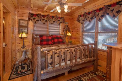 YOUR HAPPY PLACE Cabin Rental