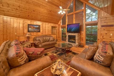 BEAR RIDGE LODGE 4 Bedroom Cabin Rental