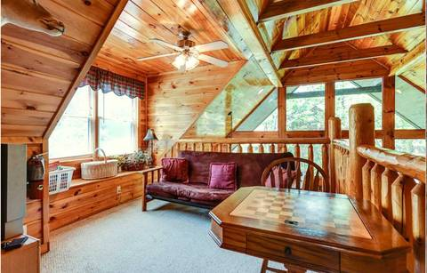 MOUNTAIN FLOWER Cabin Rental