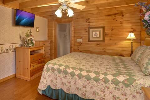 WRAP AROUND THE SON Cabin Rental