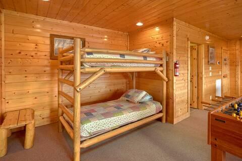 MILLION DOLLAR VIEW Cabin Rental
