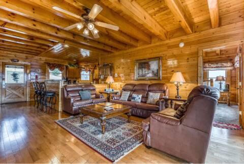 MAJESTIC SUNRISE Cabin Rental