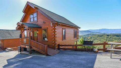 MOONLIT MOUNTAIN TOP (MTN TOP VIEW TOO) Cabin Rental
