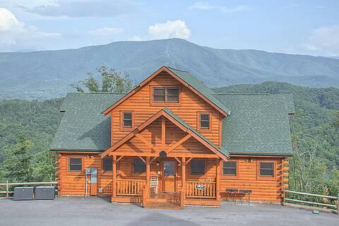 Find a Large Cabin Rental in Gatlinburg & Pigeon Forge, TN