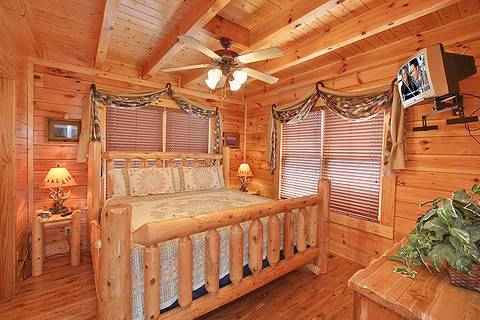 HEAVENLY DAZE Cabin Rental