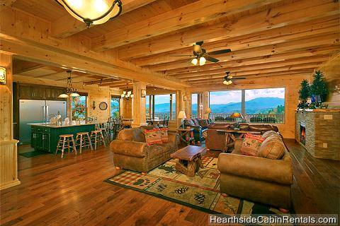 11 Bedroom Sleeps 48 Amazing View Manor By Large Cabin Rentals