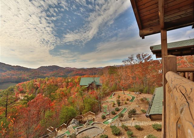 4 Bedroom Sleeps 16 Golf On Thunder Mountain By Large