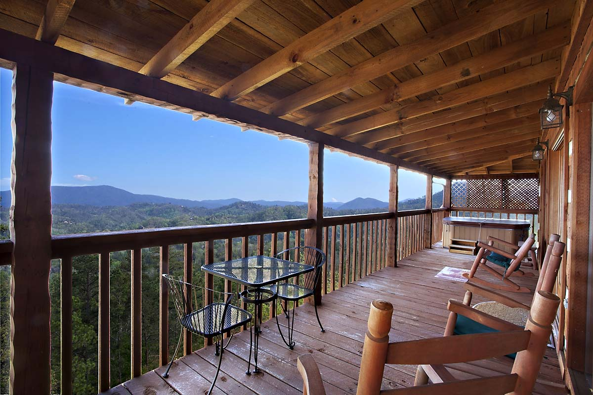 141 Gatlinburg Cabins To Choose From.