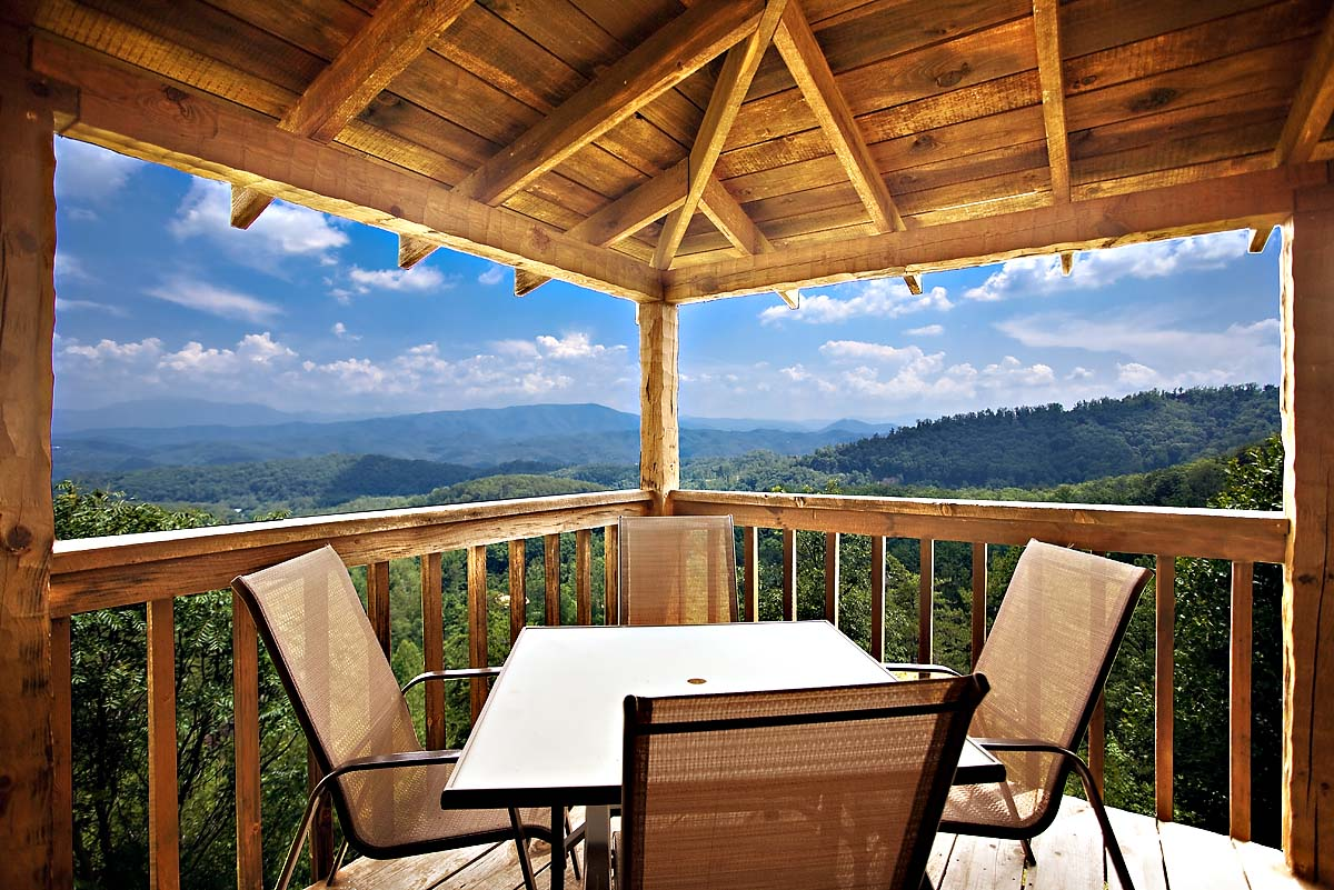 Heaven On Earth 2 Bedroom Cabin In Sevierville