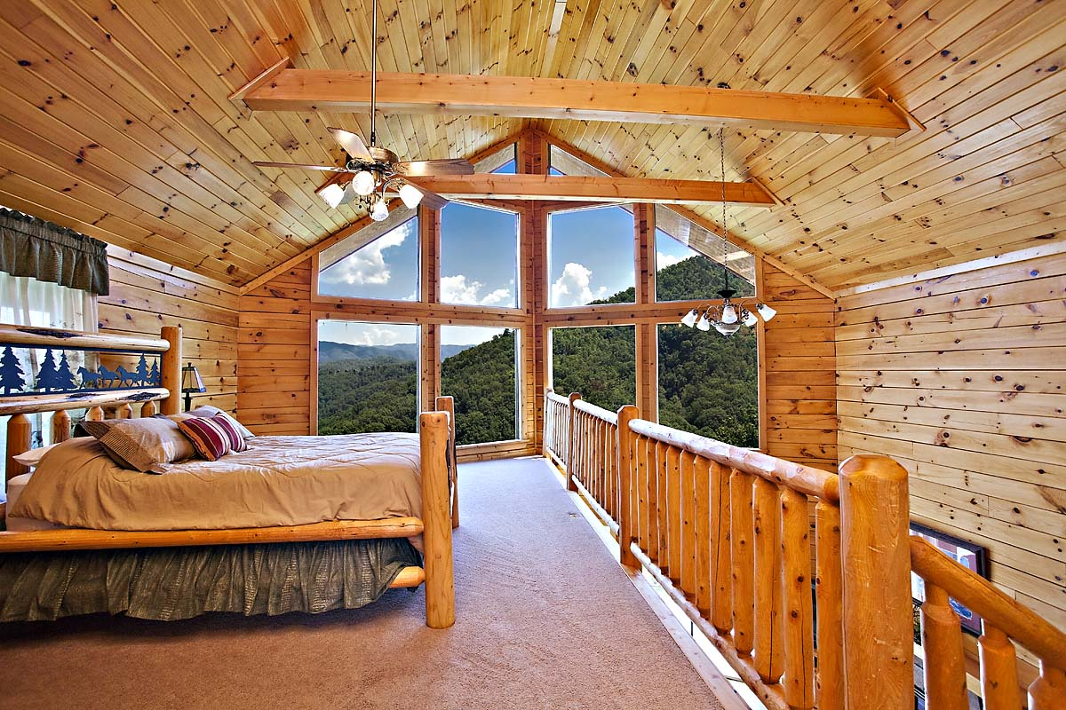 Absolutely Breathtaking 2 Bedroom Cabin Located In