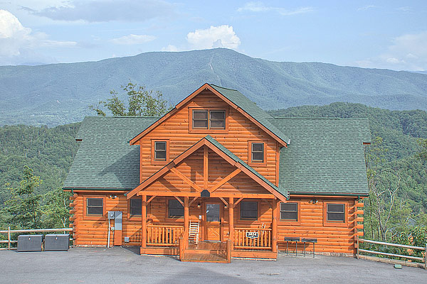 on rental smoky best blessing gatlinburg mountain cabins rentals in cabinssmokymtns luxury bedroom pinterest cabin images