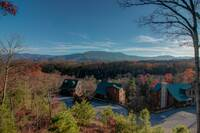 LECONTE VIEW MANOR