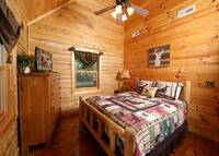 RUSTIC RETREAT LODGE