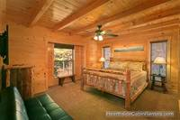Cabin near Gatlinburg with king bed and tv A View For All Seasons