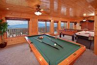 Heavenly Heights 8 bedroom cabin in Pigeon Forge with game room