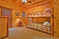 Double queen bunk bed suite at Majestic View Lodge
