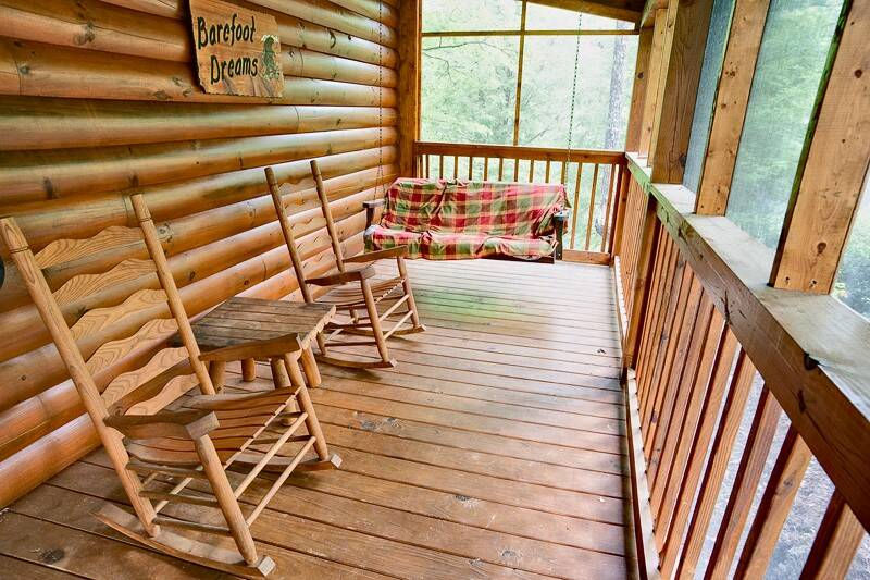 Barefoot Dreams 2 Bedroom Cabin In Gatlinburg Tn