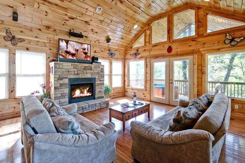 Above the clouds 2 bedroom cabin in gatlinburg tn - 3 bedroom cabins in gatlinburg tn cheap ...