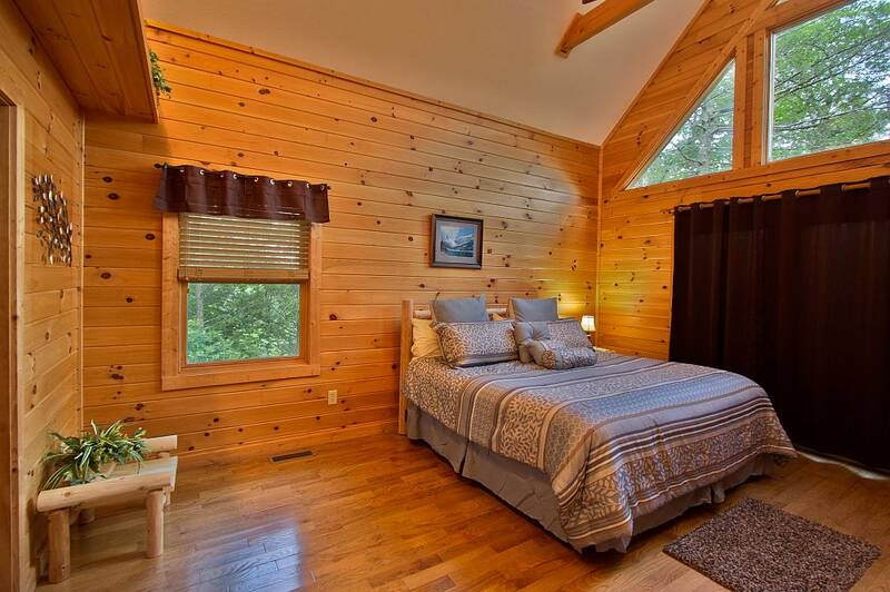 Amazing Views 2 Bedroom Cabin In Gatlinburg Tn