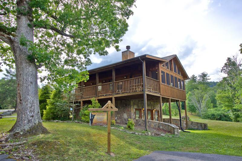 about valley cabin the such s hatcher with outstanding rental real land views including communities wears farms as several dogwood wearsvalley mountain and tennessee since developed late in homestead road estate cabins developments large