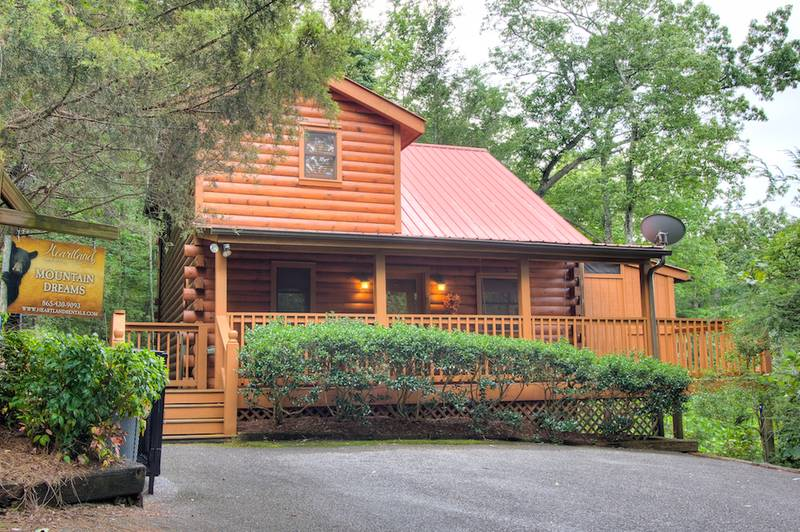 Mountain Dreams 2 Bedroom Cabin Gatlinburg