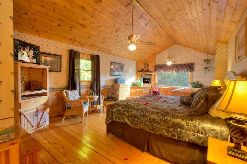 Southern comfort 2 bedroom cabin in gatlinburg tn - 3 bedroom cabins in gatlinburg tn cheap ...