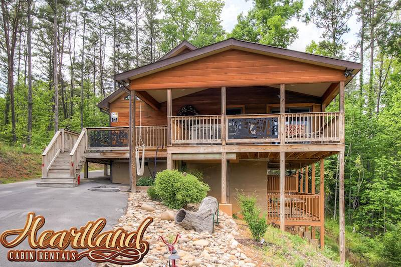 Dolly bear 1 bedroom cabin in gatlinburg tn for 1 bedroom pet friendly cabins in gatlinburg tn