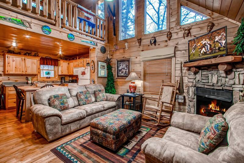 Call Of The Wild 2 Bedroom Cabin In Gatlinburg Tn