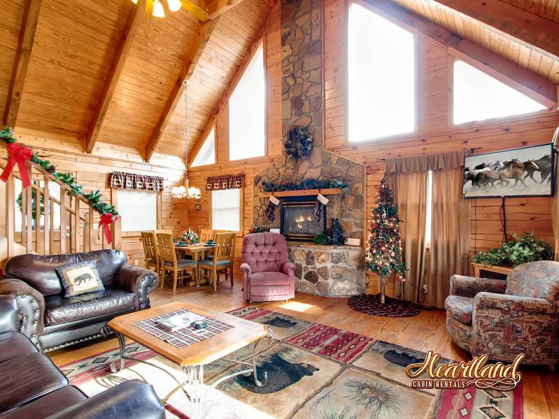 Top Of The World 2 Bedroom Cabin Near Gatlinburg Tn
