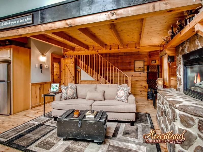 Hanky Panky 1 Bedroom Cabin In Gatlinburg Tn