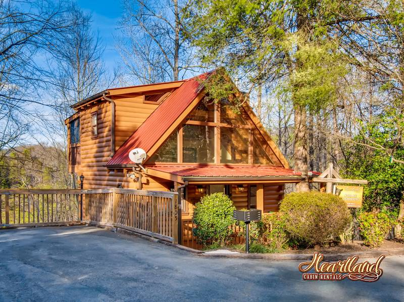 Kiss me goodnight 1 bedroom cabin in gatlinburg tn for 1 bedroom pet friendly cabins in gatlinburg tn