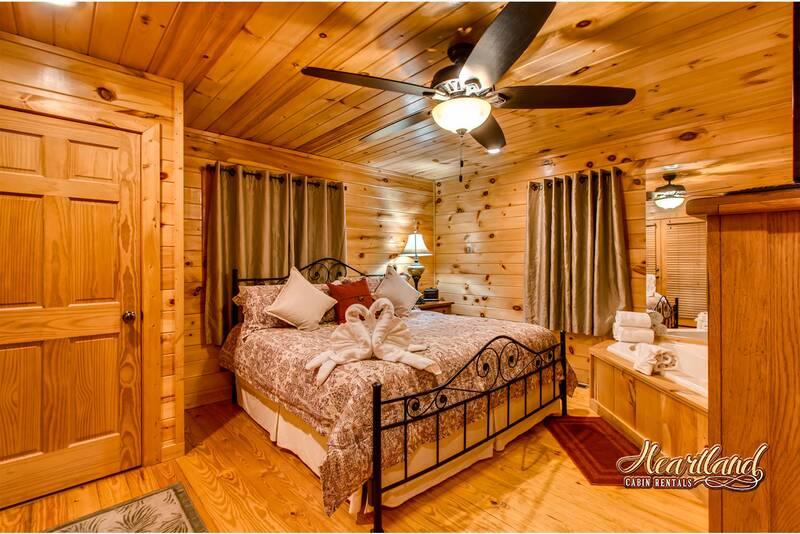 Cuddlers Paradise 1 Bedroom Cabin In Gatlinburg Tn