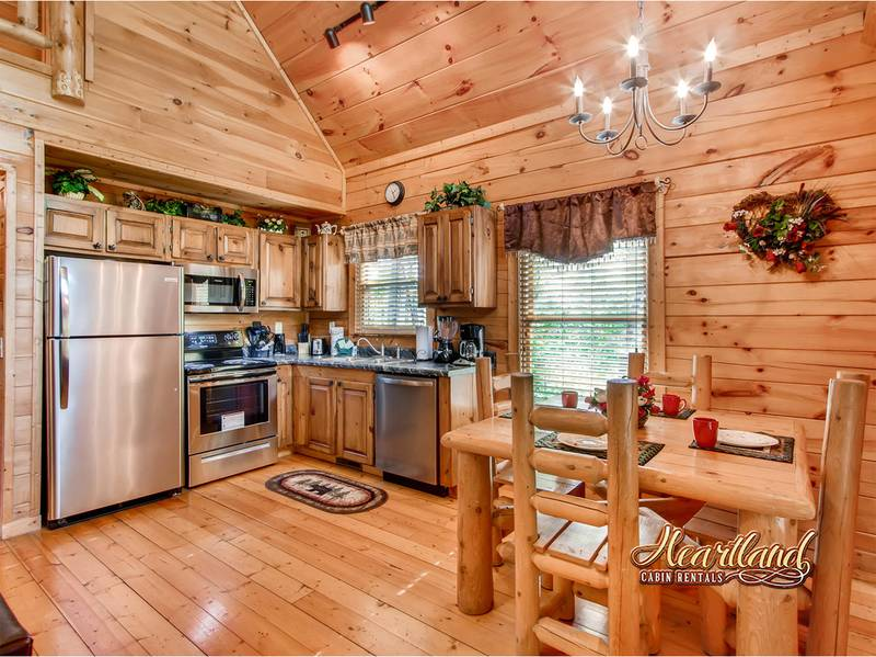 NICE N KNOTTY 1 bedroom Cabin in Gatlinburg, TN