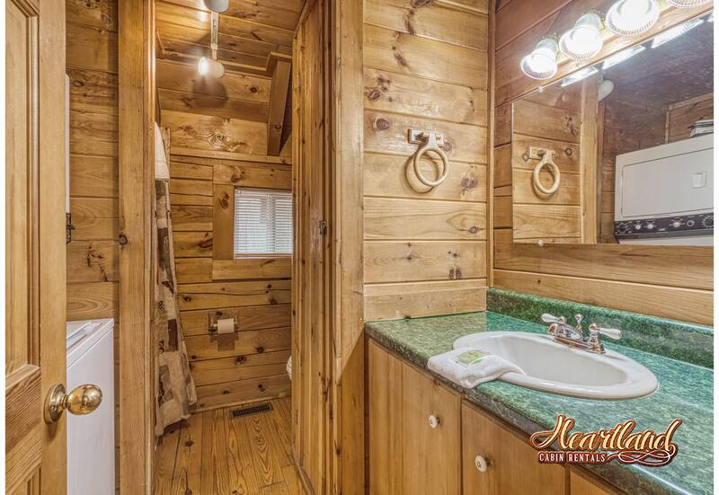 Tree Top 1 Bedroom Cabin In Gatlinburg Tn