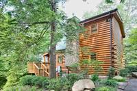 """Sticks and Stones"" Pigeon Forge Cabin Rental 1 bedroom"