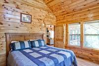 Above the Clouds - 2 bedroom Gatlinburg Cabin - Heartland Cabin Rentals - Bedroom