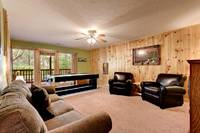 Across the Smokies - common are of this 3 bedroom Gatlinburg cabin rental