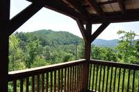 Mountain views from this private 2 bedroom cabin between Gatlinburg and Pigeon Forge