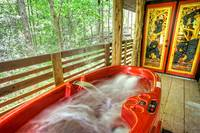 Aspen's Hideaway hot tub - 1 bedroom cabin in between Gatlinburg and Pigeon Forge