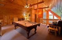Loft of Amazing Views - Gatlinburg Cabin near River