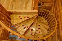 Going Downstairs - Heartland Cabin Rentals