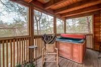 hot tub to relax and enjoy your honeymoon