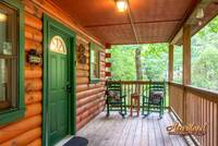 Affordable studio cabin is located in the heart of the Arts and Crafts Community of Gatlinburg