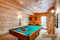 "Pool table in ""Buck Naked"" 1 bedroom cabin in Pigeon Forge TN"